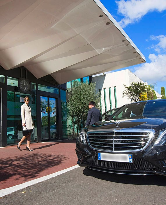 Chauffeur service for Hotels