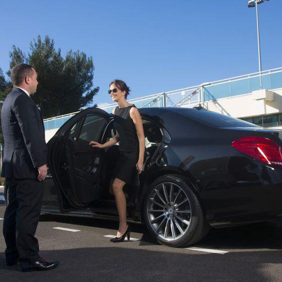 Kingdom Limousines Chauffeur service French Riviera 2 |
