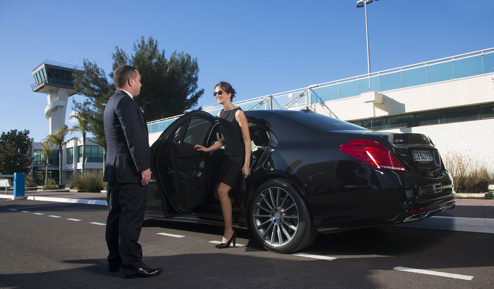 Kingdom Limousines Chauffeur service French Riviera 2 |