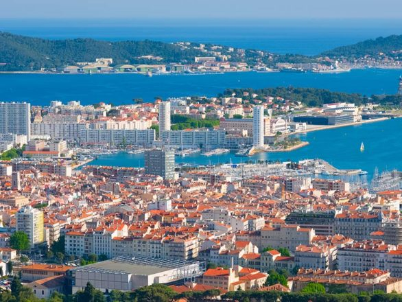 Toulon chauffeur airport transfer service