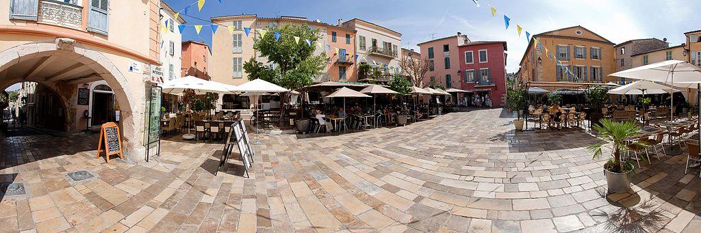 Visite de la cité de Valbonne sur la Côte d'Azur